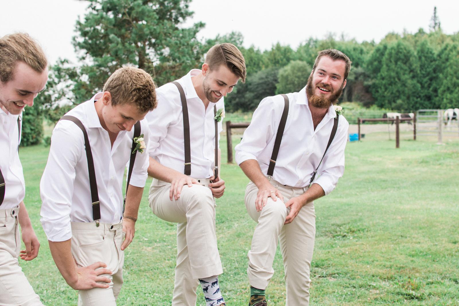 diy-toronto-farm-wedding-14
