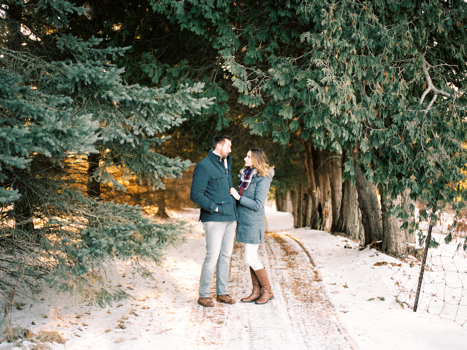 brenna-brad-ontario-engagement-27