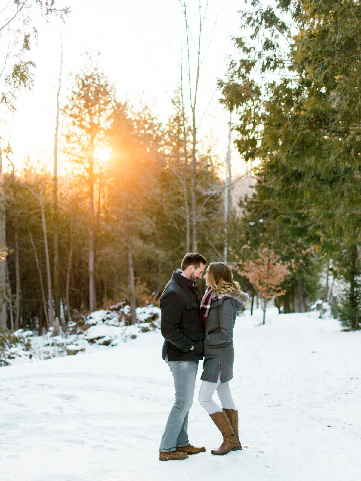 brenna-brad-ontario-engagement-34