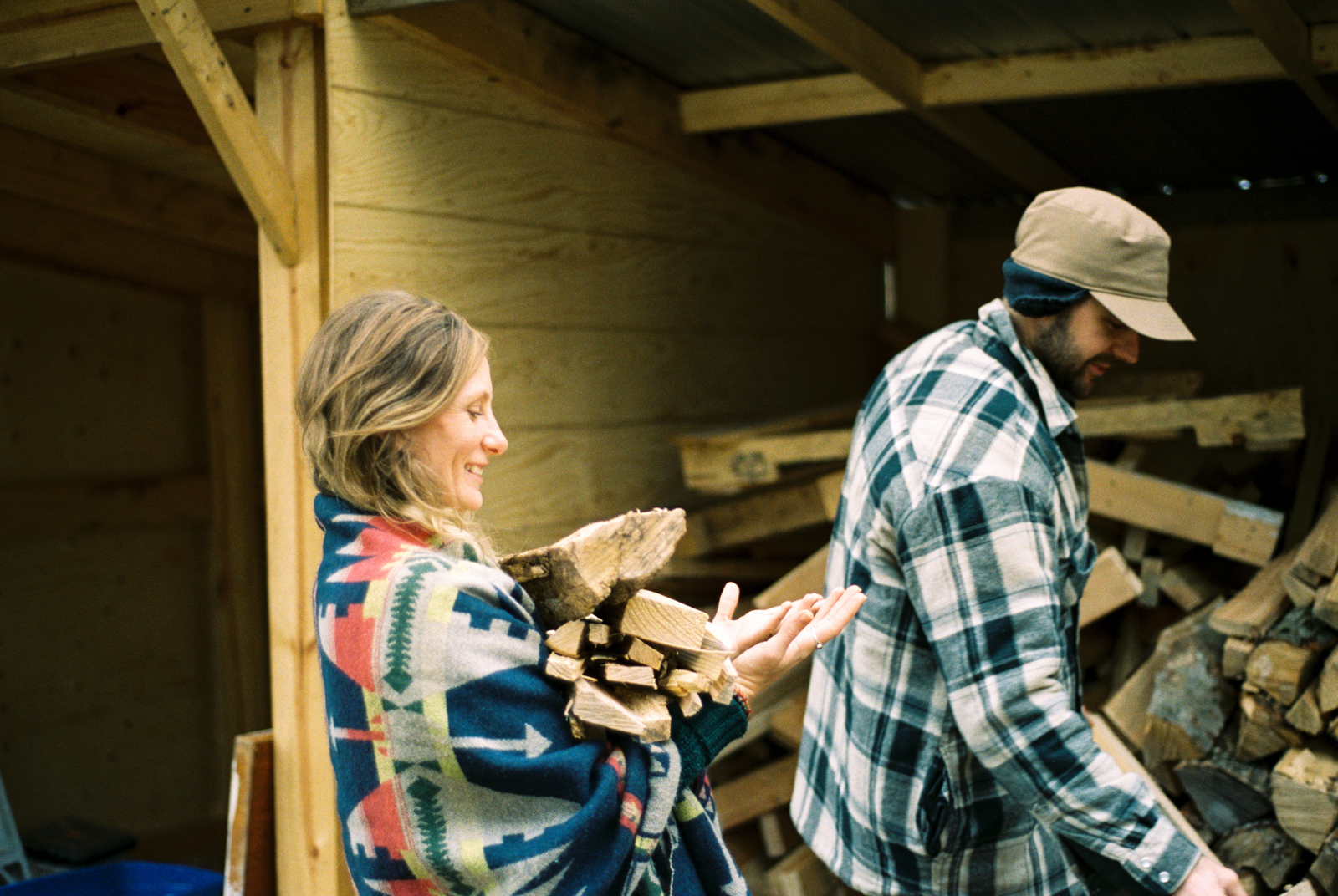 cottage-country-couples-session-22