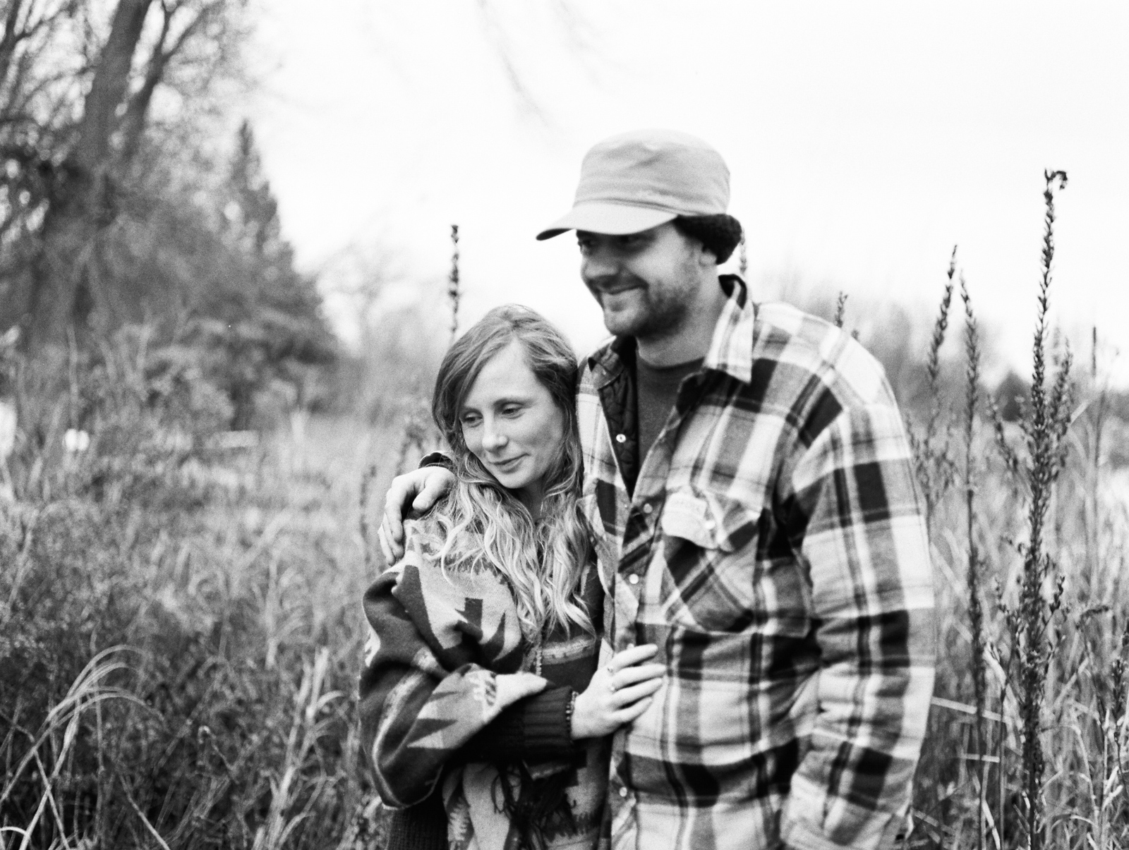 cottage-country-couples-session-28