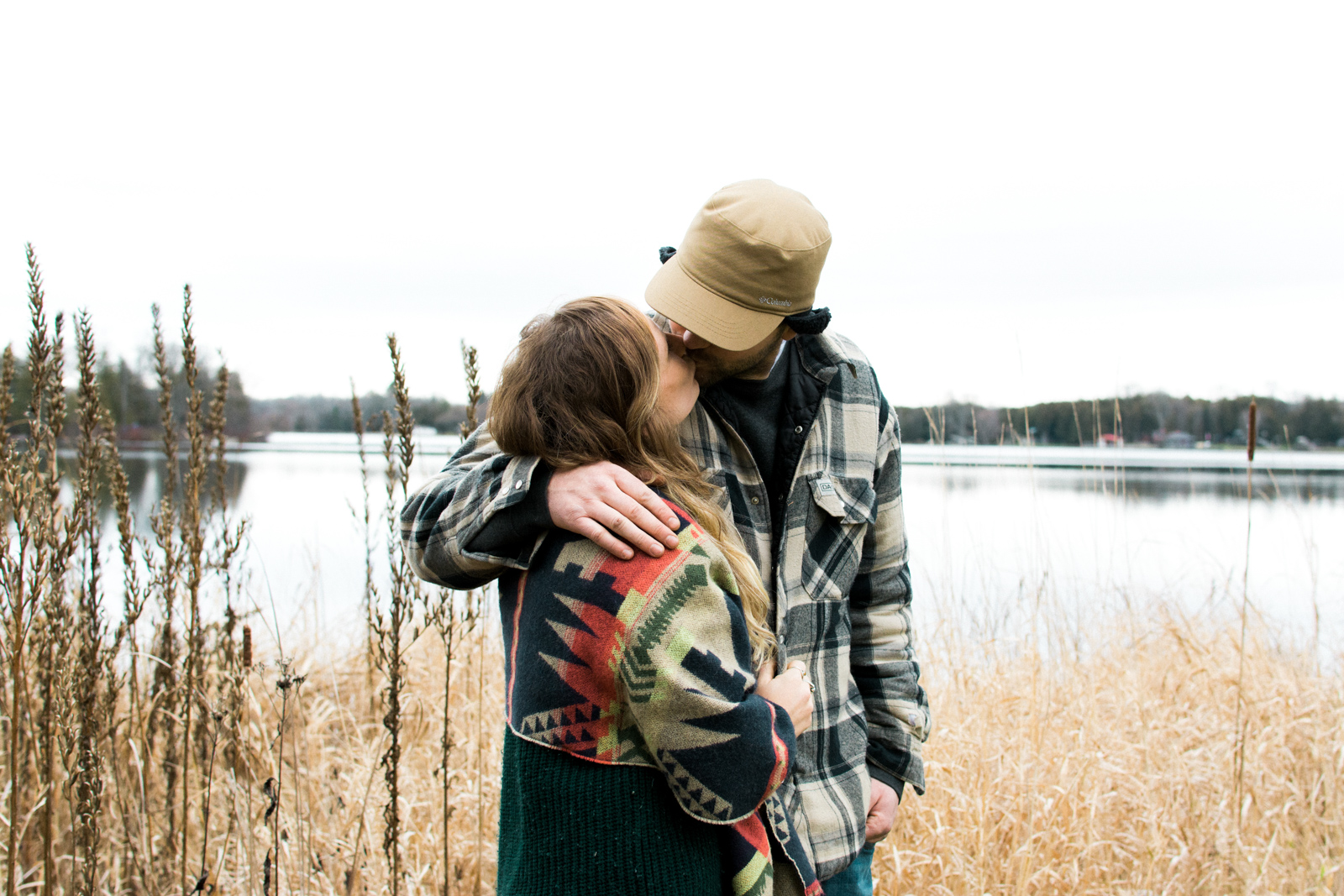 cottage-country-couples-session-30