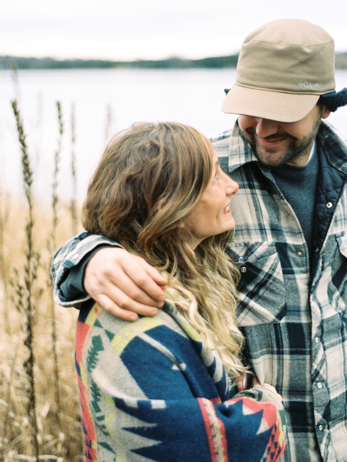 cottage-country-couples-session-32