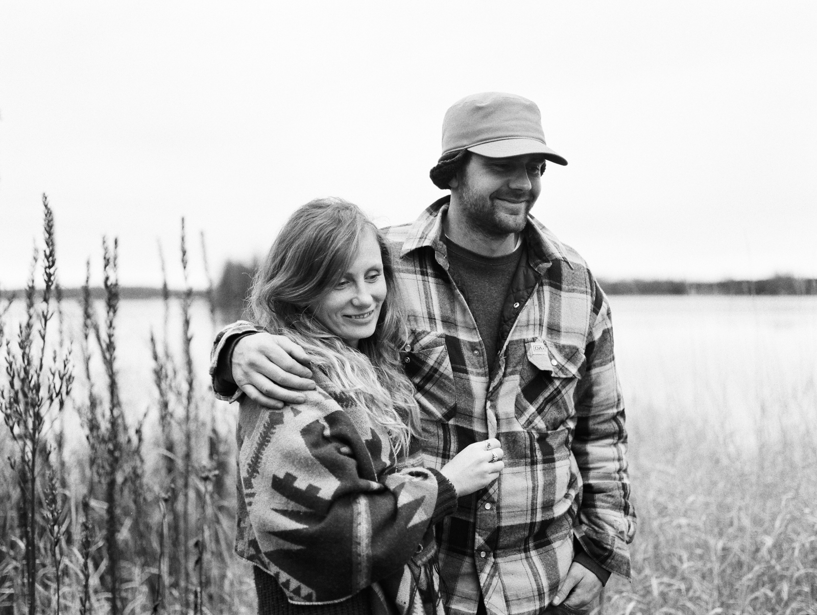 cottage-country-couples-session-33