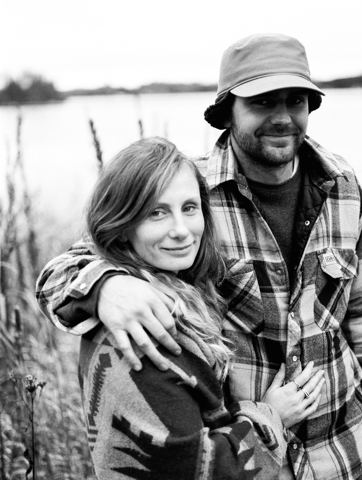 cottage-country-couples-session-35