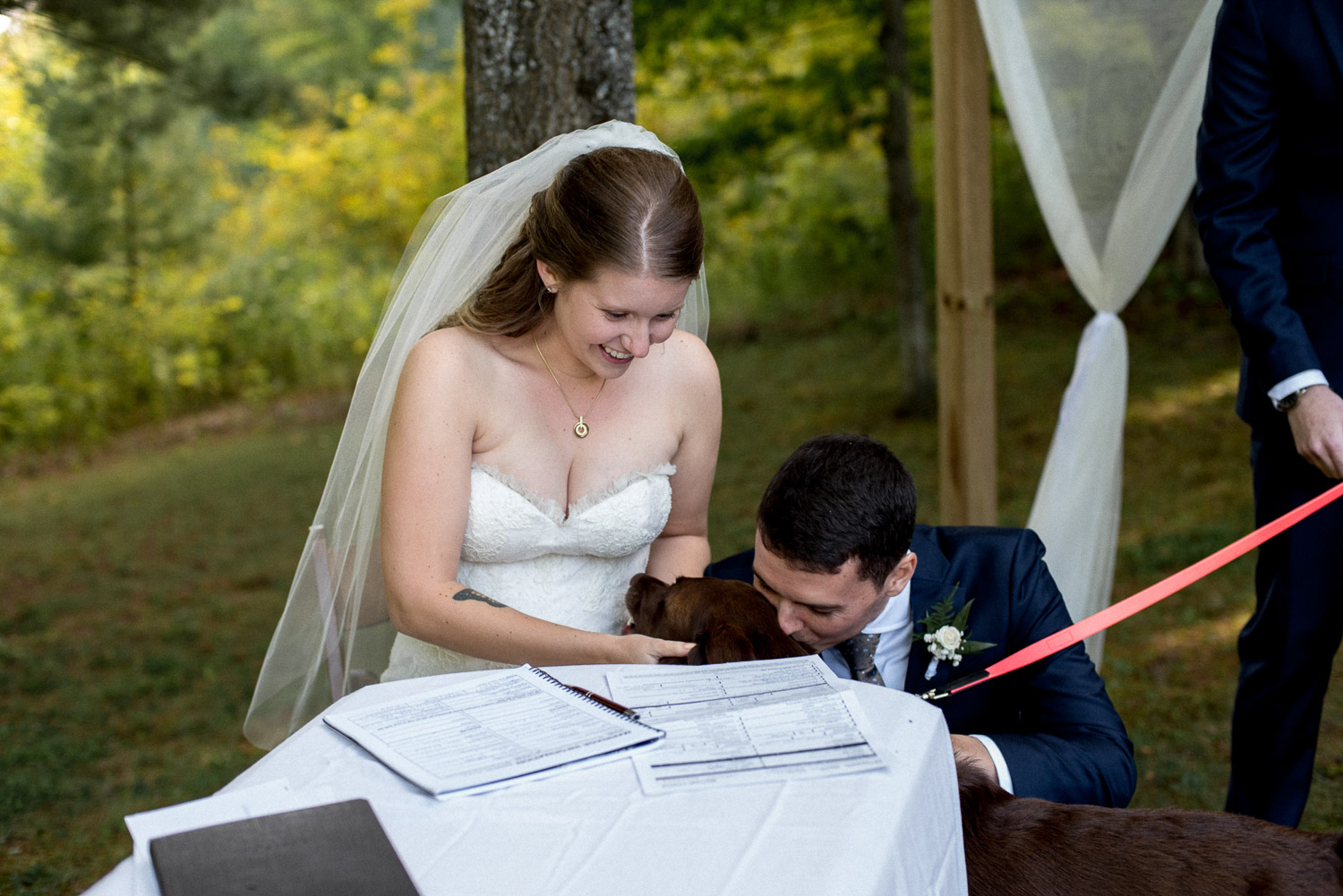 intimate cottage wedding on paudash lake in ontario