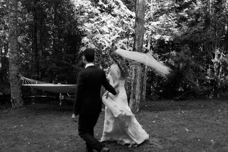 ontario cottage wedding photographer